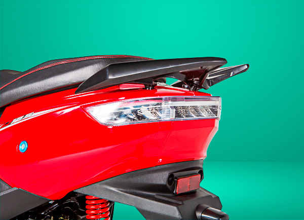 zongshen-motocicleta-evo125-luztrasera