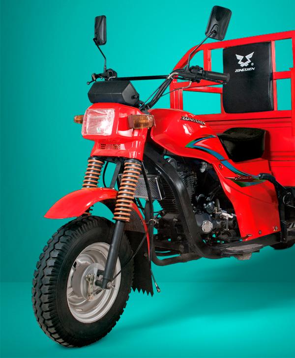 zongshen-motocicleta-furgón 200-faro