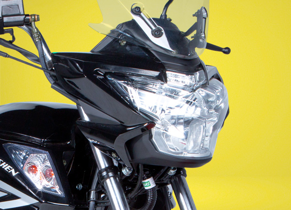 zongshen-motocicleta-zmax-moto-faro